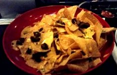 nachos with steak